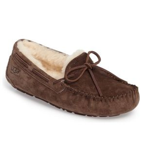 Ugg moccasin Dakota slippers
